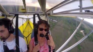 chat-sieste-avion